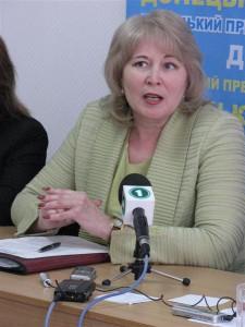 Начальник служби у справах дітей Донецької облдержадміністрації Віра Сагайдак розповідає про проблеми дітей-сиріт на Донеччині
